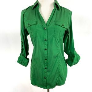 EXPRESS Green Long Sleeve Buttoned Stretchy Shirt